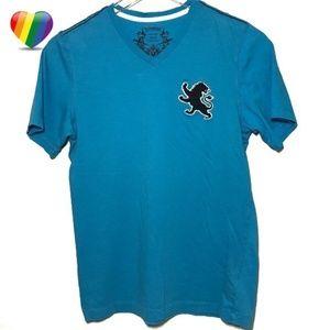 Express Blue V-Neck Lion Tee Shirt A000001